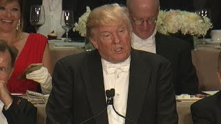 Video Trump roasts Clinton at Al Smith charity dinner MP3, 3GP, MP4, WEBM, AVI, FLV Agustus 2019