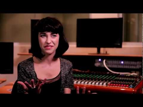 Kimbra Talks About Her Favourite Youtube Videos