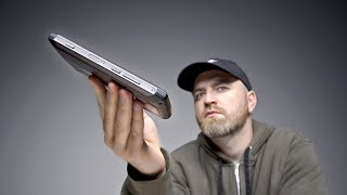 Video This Unique Smartphone Is Fat For A Reason... MP3, 3GP, MP4, WEBM, AVI, FLV Agustus 2018