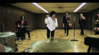 Wanda Jackson - Thunder On The Mountain
