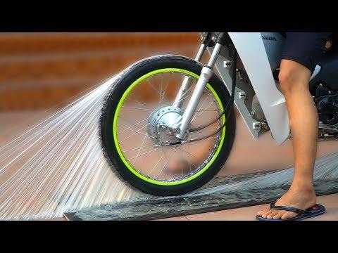NTN - Thử Chạy Xe Trên Keo Siêu Dính (Ride motorcycle on super Glue) - Thời lượng: 12:15.
