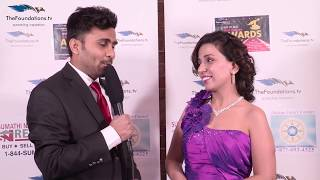 Anchor Manoj speaks to Gauri Chandna on the RED CARPET