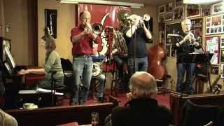 "Download Lagu Red Onion Jazzband plays ""Willy The Weeper"" Mp3"