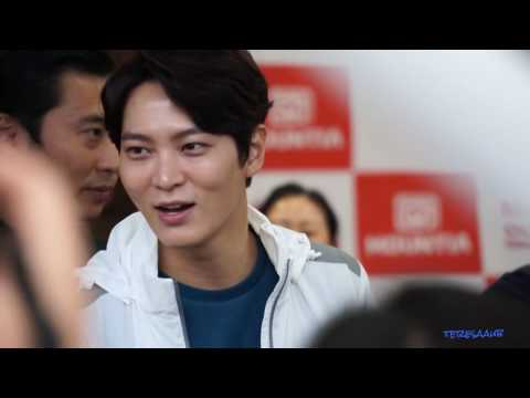 2016-09-02 Joo Won Mountia Fan Sign at GimCheon Moda Outlet 3 (видео)