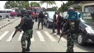 Video 4000 Aparat Keamanan Amankan Presiden Di Aceh MP3, 3GP, MP4, WEBM, AVI, FLV November 2017