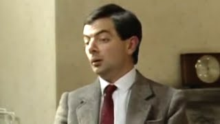 MrBean - Mr Bean - Where to put the tv aerial