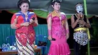 LANGGAM -  SALAM PAMBUKO CS.SANGKURIANG live in baturetno
