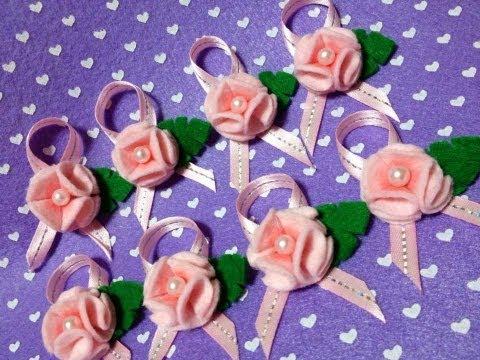 deliziosi fiorellini in feltro