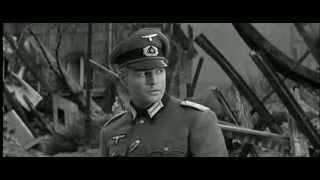 Un giovane tedesco e due americani, un ebreo e un ex attore di Broadway, combattono nella seconda guerra mondiale finché le loro strade s'incontrano.