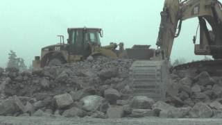 Video CAT 345C, 330D, 972G. Sandvik 1208 and Powerscreen. MP3, 3GP, MP4, WEBM, AVI, FLV Desember 2018