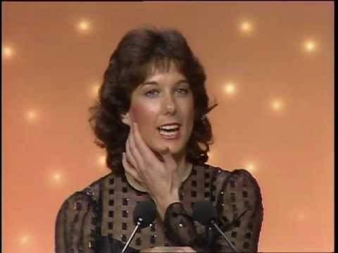 E.T. Wins Best Motion Picture - Golden Globes 1983