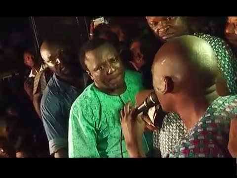SEE HOW MURI THUNDER CHALLENGED SAHEED OSUPA ON STAGE, PLS. SUBSCRIBE NOW FOR FREE
