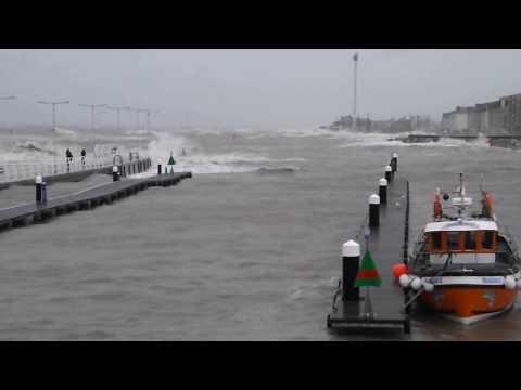 CPM Redi-Rock Positive Connection Walling - Rhyl Harbour