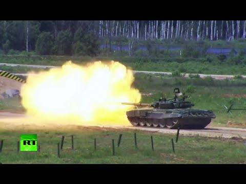 RAW: Russian military goes all guns blazing at Army-2015 expo