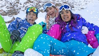 Video FALLS AND SLIDES IN THE SNOW | LOS POLINESIOS VLOGS MP3, 3GP, MP4, WEBM, AVI, FLV Juli 2018