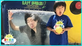 DUNK TANK CHALLENGE EXTREME PARENT VS KID! Family Fun Activities with Ryan ToysReview
