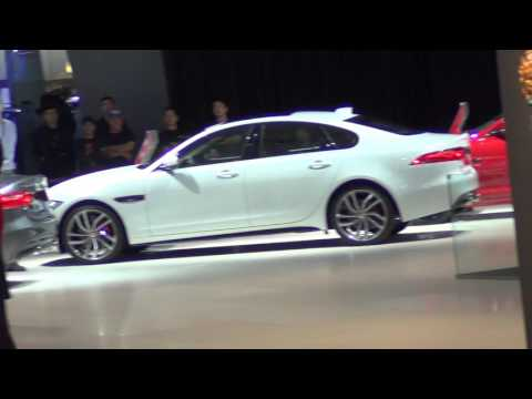 Jaguar - Land Rover - Dubai International Motor Show 2015