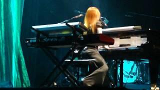 Tori Amos - Caught a Lite Sneeze - Paris 2009