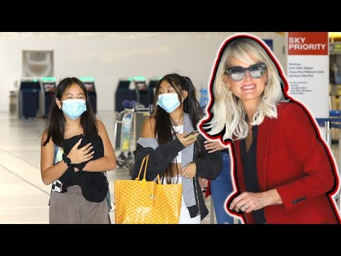 Laeticia Hallyday And Her Girls Leave Los Angeles After Putting Their House On The Market