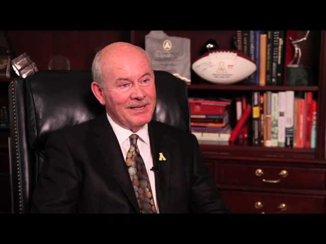Alumni Awards 2011: Doug Johnson '77