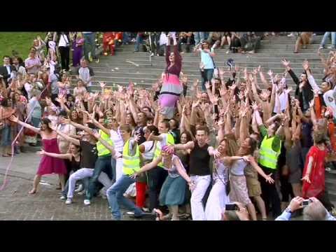 Happening - Happening du festival les Musicals 2009 sur les marches du Sacré-Coeur.