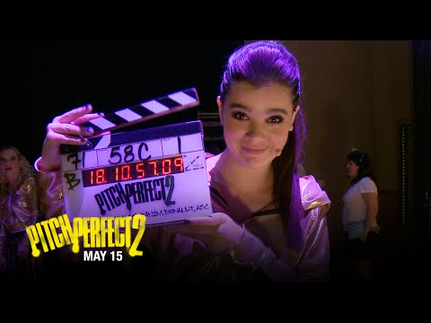 Pitch Perfect 2 (Featurette 'On the Set')