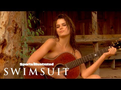 SI Swimsuit 2007 Yesica Toscanini