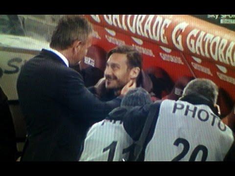 Roma Milan 1 1 Mihajlović saluto di rispetto a Totti