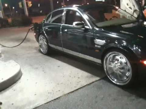 S-TYPE JAGUAR ON 22'S DUB SPINNERS / FLOATERS