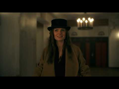 Doctor Sleep 2019 Director's Cut - Rose the Hat arrives at The Overlook Hotel Scene
