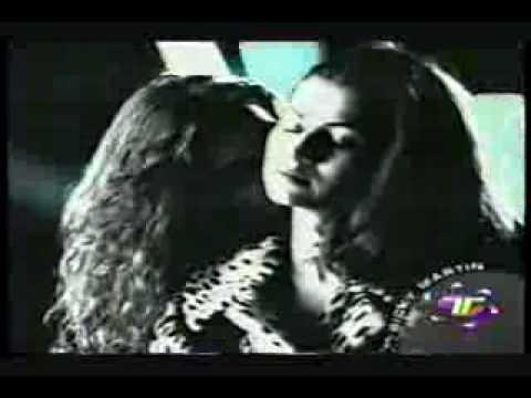 Ricky Martin - El Amor De Mi Vida - Video Oficial ««._.»»