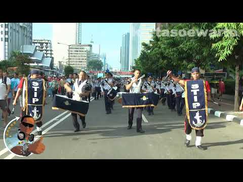 stip - Enjoy Jakarta's Birthday Video At : Jalan Thamrin, MONAS National Monument, Gambir, Jakarta, Indonesia Taken On : Sunday 9 June 2013 By : Suwarto Kartasoewar...