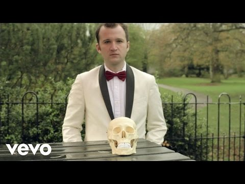 Baio pays tribute to Bowie with video for 'The Names'