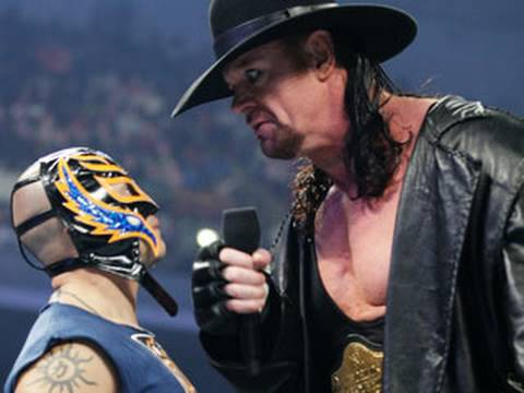 Video SmackDown: Rey Mysterio calls out The Undertaker download in MP3, 3GP, MP4, WEBM, AVI, FLV January 2017