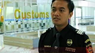 Video Petugas mencurigai bawaan penumpang ada kosmetik dalam jumlah berlebihan - Indonesia Border 30/01 MP3, 3GP, MP4, WEBM, AVI, FLV Juni 2019