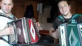 Download Lagu Was da Sepp gern mag (Der Gamserljager) - Steirische Harmonika Mp3
