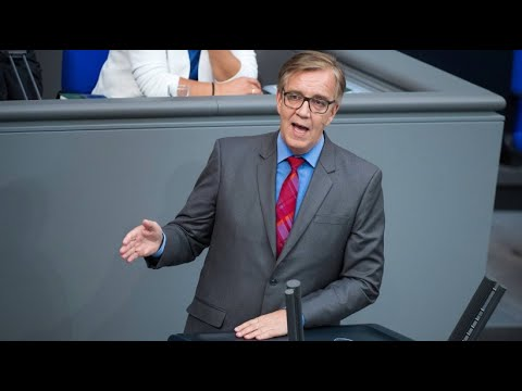 Linken-Fraktionschef Dietmar Bartsch empört über Maaß ...