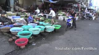 Kon Tum Vietnam  city pictures gallery : late afternoon street market Kontum Vietnam