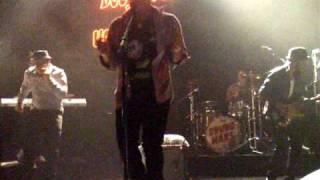 Bruno Mars - DANCING *die* - Doo-wops & Hooligans Tour - KoKo 13.03.11