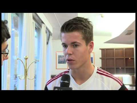 VIDEO: Van Ginkel geeft eerste interview als Milan-huur..