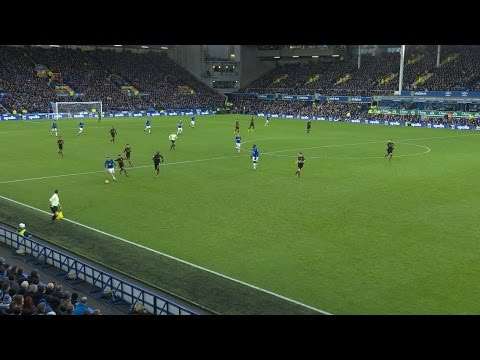 Video: Everton top Manchester City in 4-0 blowout