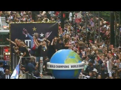 New Yorker feiern ihre Fußball-Weltmeisterinnen