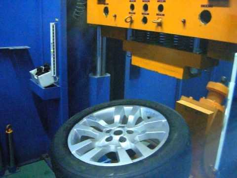 Проверка прочности модели W2355 ARES на удар обода (Land Rover)