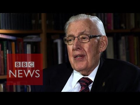 88 - Former Democratic Unionist Party leader Dr Ian Paisley has died, his wife Eileen says. He was 88 years old. BBC News NI Political Reporter Stephen Walker loo...