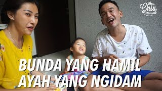 Video The Onsu Family - Bunda yang hamil, Ayah yang Ngidam Nasi Telor Terasi MP3, 3GP, MP4, WEBM, AVI, FLV Januari 2019