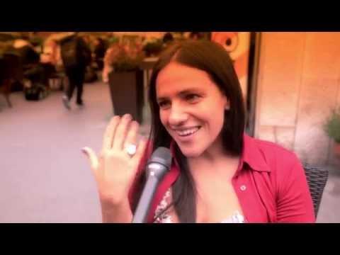 Palya Bea: Én minden koncertbe belehalok és újjászületek…