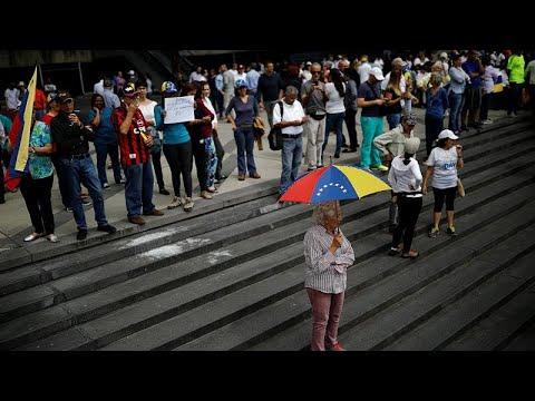 Venezuela: Massenproteste - der Druck auf Staatschef  ...