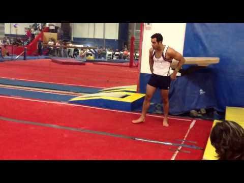 New floor routine for Danell Leyva!