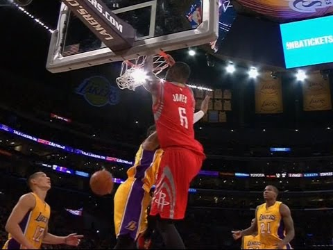 Dwight Howard finds Terrence Jones for the slam