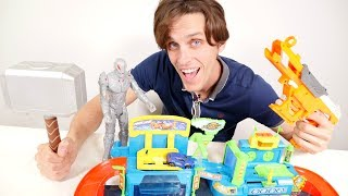Toy car 🚗 drives through stones and mud and gets dirty. Welcome to a car wash, toy car! Oh no, Ultron comes to the kids cars wash and wants to destroy car wash! Use ToyMaster app 📱 and save car toy 🚗 from the Ultron! Watch kids toy videos and toy cars videos with cars for kids and #toysforboys! Find us in VK https://vk.com/kidsfirsttvFacebook https://www.facebook.com/KidsFirstTVand https://www.facebook.com/KapukiKanukiWelcome to the #ttoyzz channel! Play with #toysforboys and #toysforgirls. Watch #toyschannel with differents toys: #tayolittlebus toys, #legotoys and other toys for boys and girls.Subscribe here https://www.youtube.com/c/TToyzz and play with toys!Tayo the little bus English cartoon for kids and find Tayo English stories here https://www.youtube.com/watch?v=AecrvXLwZJc&list=PLcydIP1OHtnyY9-qObw5Y-i64bkOlovli
